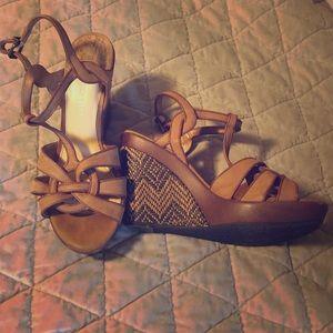 Gianni Bini wedge heels 8.5